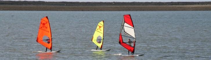 beginner windsurfing lessons